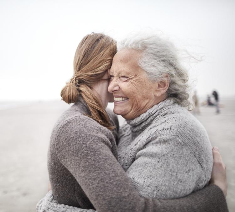 Przytulającesię kobiety